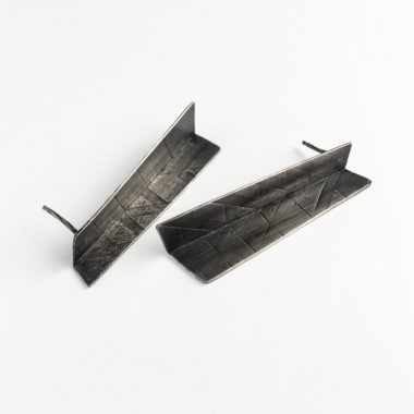 Architectural earrings in sterling silver. Jane Pellicciotto