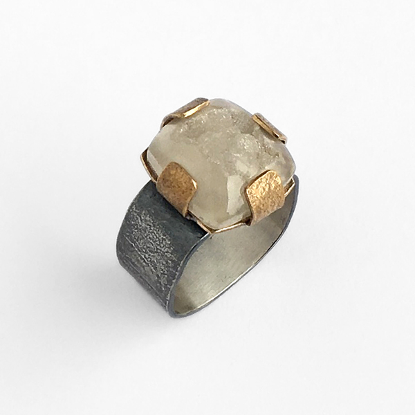 Brazilian white quartz druzy ring with sterling silver and golden bronze. Jane Pellicciotto