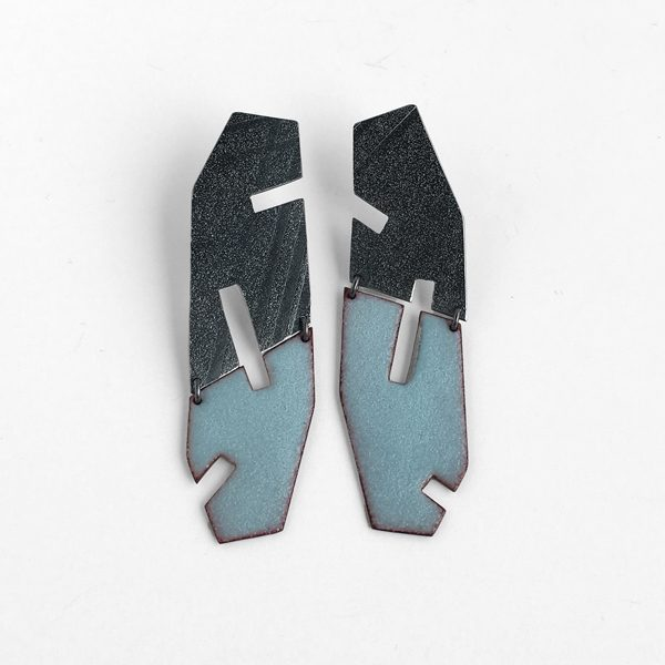 Mezzo enamel and silver cutout earrings. Jane Pellicciotto