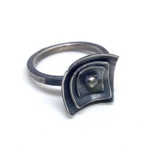 Confection ring. Stacked squares in textured, oxidized sterling silver. Jane Pellicciotto