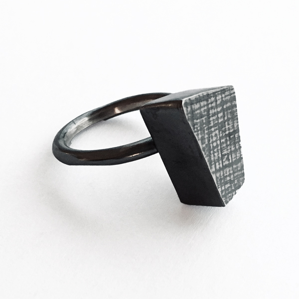 Stepping Stone Ring. Jane Pellicciotto