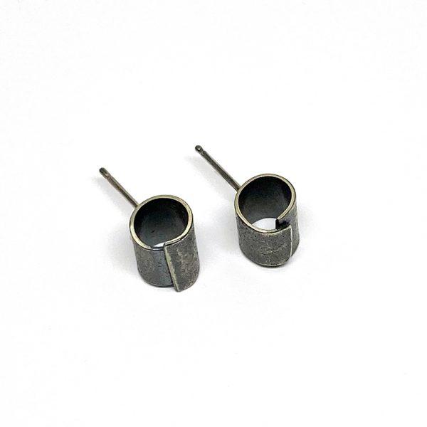 Sterling silver industrial column stud earring. Men and women. Jane Pellicciotto