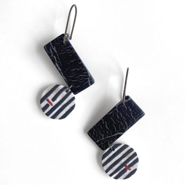 Black, white and red tangent earrings. Polymer clay and sterling silver. Jane Pellicciotto